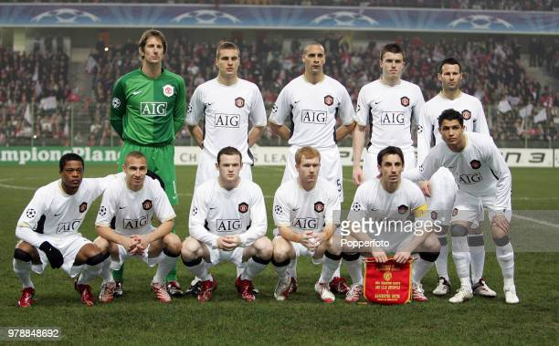 The Manchester United team prior to the UEFA Champions League match with Lille at Lens on February 20th 2007 Left to right Back row left to right...