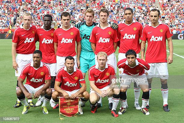 The Manchester United team Ritchie De Laet Mame Biram Diouf Darron Gibson Ben Amos Jonny Evans Chris Smalling Dimitar Berbatov Nani Ryan Giggs Paul...