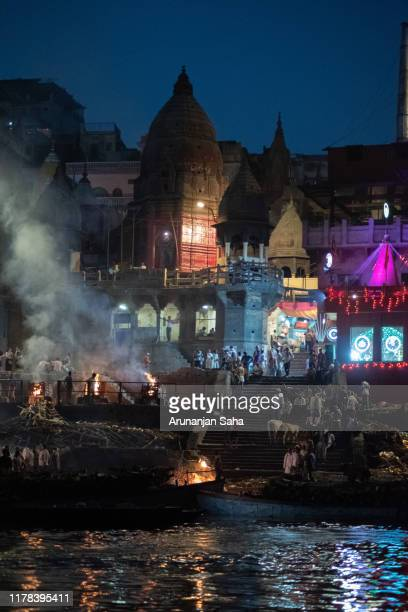 the manikarnika of the ganges 4 - varanasi stock pictures, royalty-free photos & images