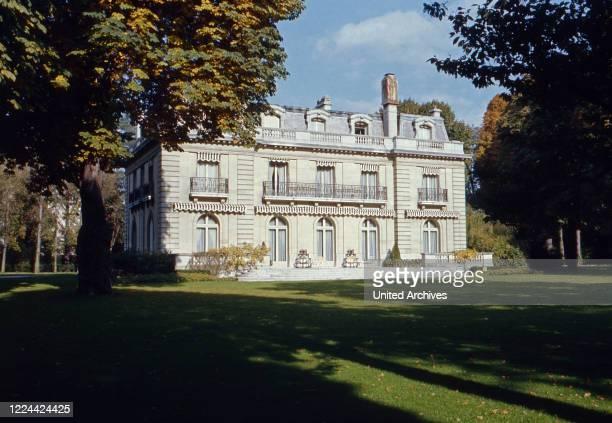 The mansion of Wallis Simpson, Duchess of Windsor, at Bois de Boulogne near Paris, France 1974.
