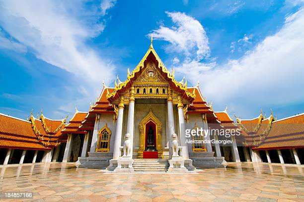 the marble temple ( wat benchamabophit ), bangkok, thailand - wat benchamabophit stock photos and pictures