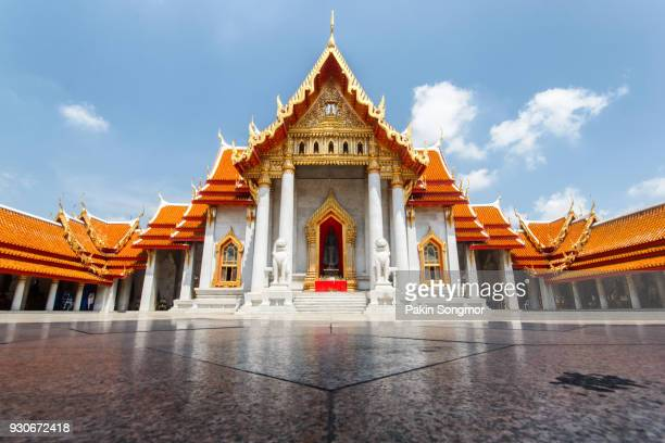 the marble temple ( wat benchamabophit ) - wat benchamabophit stock photos and pictures