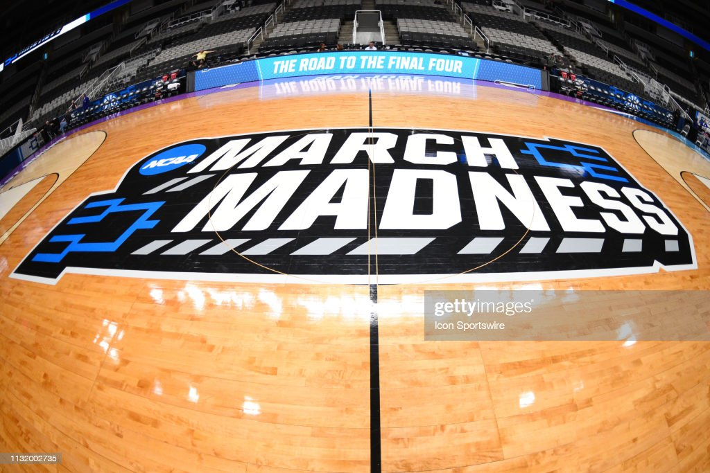 NCAA BASKETBALL: MAR 22 Div I Men's Championship - First Round - UC Irvine v Kansas State : News Photo