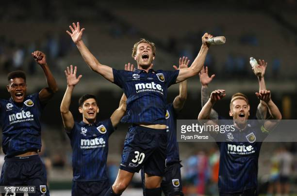 The Mariners celebrate victory after the A-League match between Sydney FC and the Central Coast Mariners at Netstrata Jubilee Stadium, on January 22...