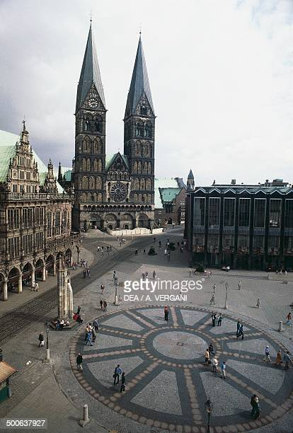 The market square with the Town Hall to the left and St Peter's Cathedral Bremen Germany