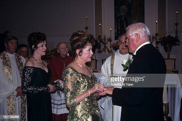 The Marriage Of Mary Higgins Clark In Saddle River In New Jersey Le 30 octobre 1996 aux Etats unis à Saddle River dans le New Jersey dans l'église...