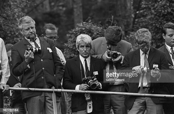 The Marriage Of Prince Hans-Adam Of Liechtenstein With Mary Kinsky Von Wchinitz Und Tettau. Vaduz - 30 juillet 1967 - un parterre de photographes...
