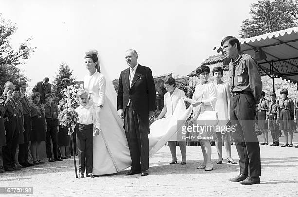 The Marriage Of Prince HansAdam Of Liechtenstein With Mary Kinsky Von Wchinitz Und Tettau Le 30 juillet 1967 Lors de son mariage avec le prince...