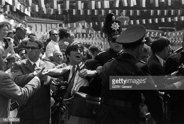 The Marriage Of Prince Hans-Adam Of Liechtenstein With Mary Kinsky Von Wchinitz Und Tettau. Vaduz - 30 juillet 1967 - Lors du mariage du prince...