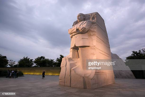 the martin luther king, jr. memorial located in washington, dc - martin luther king stockfoto's en -beelden