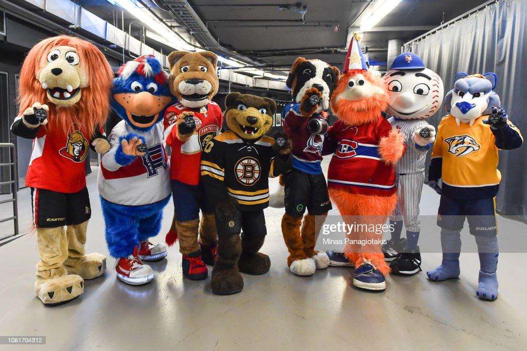 Colorado Avalanche v Montreal Canadiens : News Photo