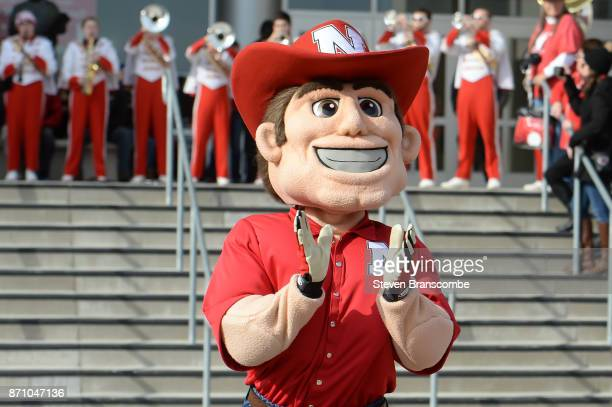 The mascot of the Nebraska Cornhuskers performs before the game against the Northwestern Wildcats at Memorial Stadium on November 4 2017 in Lincoln...