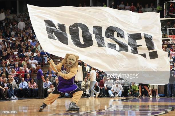 The mascot of the Sacramento Kings rallies the fans during the NBA game against the San Antonio Spurs at ARCO Arena on April 14 2008 in Sacramento...