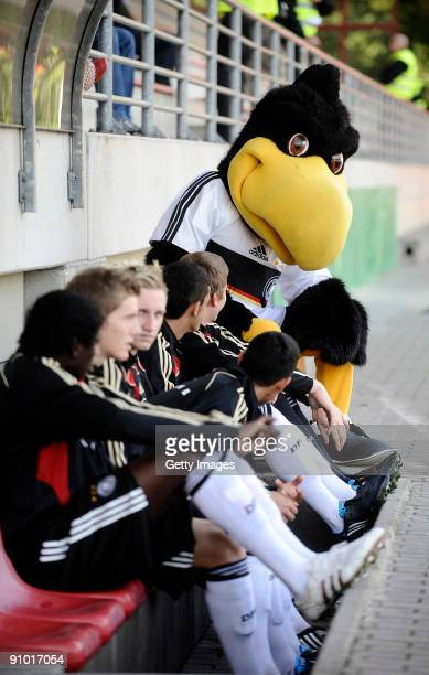 The mascot Paule is seen with team members of Germany prior the U17 friendly international match between Germany and Israel at the Belkaw Arena on...
