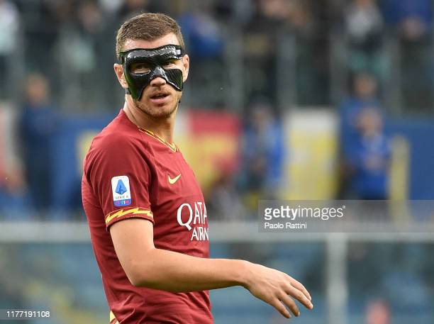 The mask of Edin Dzeko of AS Roma during the Serie A match between UC Sampdoria and AS Roma at Stadio Luigi Ferraris on October 20, 2019 in Genoa,...
