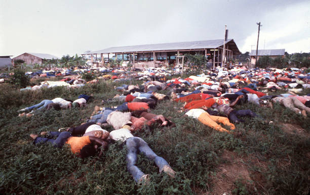 a history of jim jones and the peoples temple religious cult