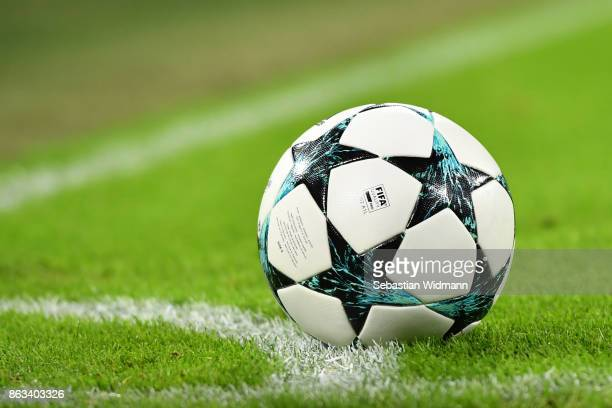 The match ball lies on the pitch during the UEFA Champions League group B match between Bayern Muenchen and Celtic FC at Allianz Arena on October 18...