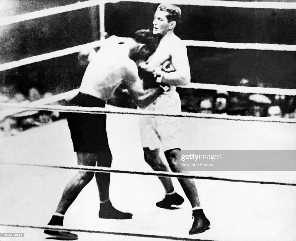 Boxers Tunney And Dempsey In Chicago In 1927 : News Photo