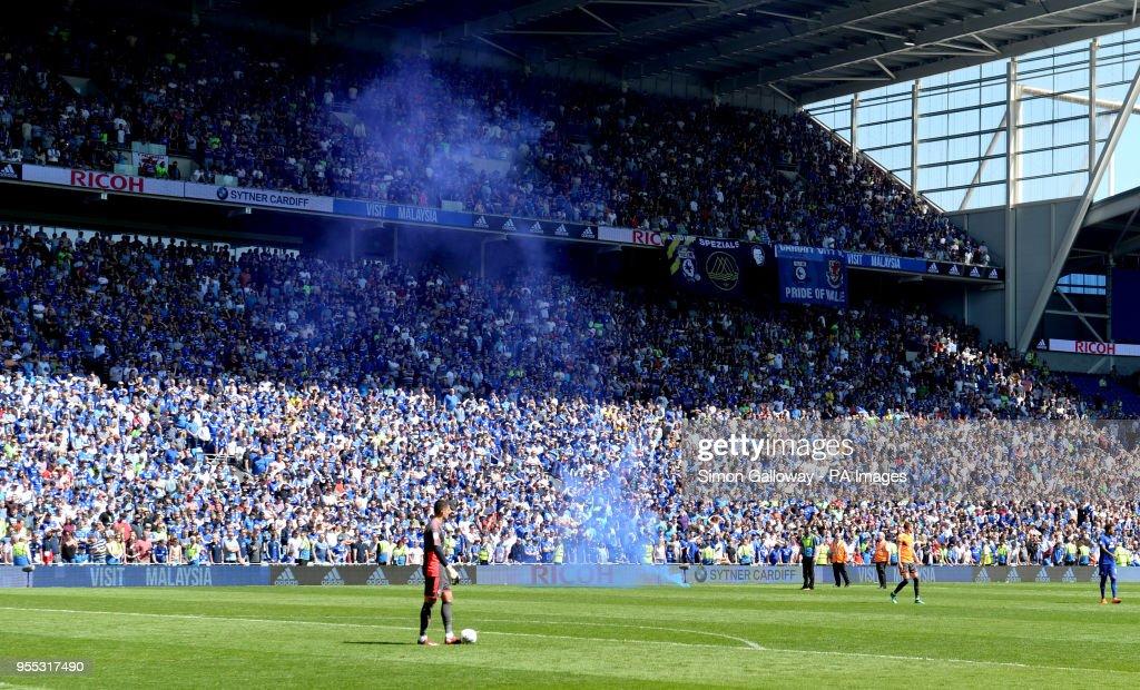 Cardiff City v Reading - Sky Bet Championship - Cardiff City Stadium : News Photo
