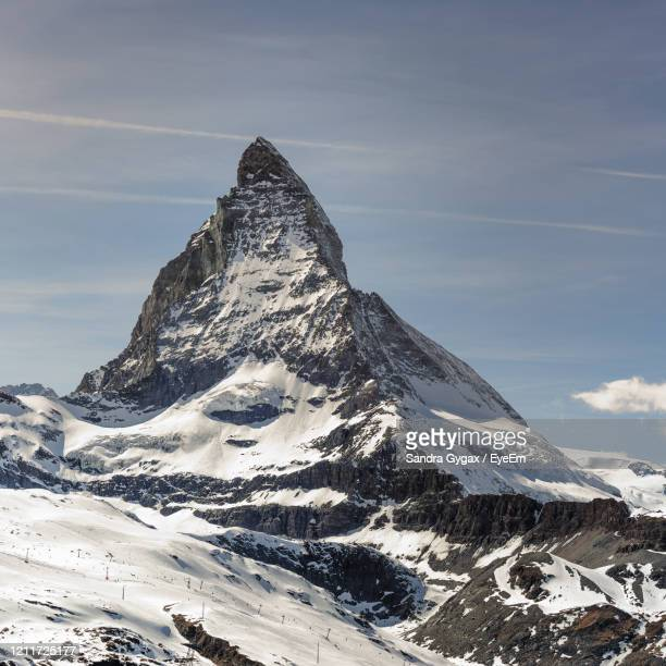 the matterhorn mountain in zermatt - sandra gygax stock-fotos und bilder
