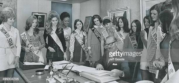 The mayor gets to meet the byline beauties The news was all good for Mayor William Dennison today when these 14 contestants in the Toronto Men's...