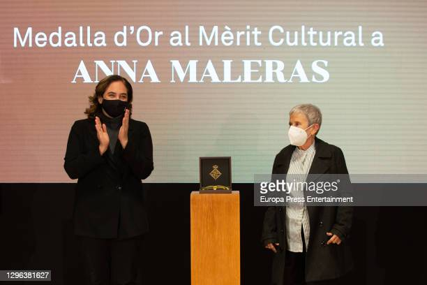 """The Mayor of Barcelona, Ada Colau and thechoreographer Anna Malera after being awarded the prize for Cultural Merit """"for her fundamental role in the..."""