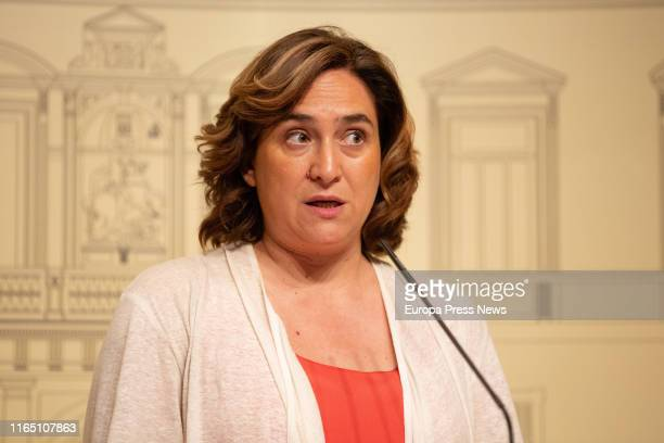 The mayor of Barcelona, Ada Colau, is seen giving a press conference after a meeting with the president of Cataluña, Quim Torra, at Palau de la...