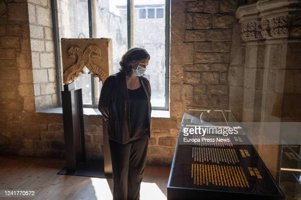 The mayor of Barcelona Ada Colau observes relics from the Museu d'Història de Barcelona during her visit to the facilities of this centre as well as...