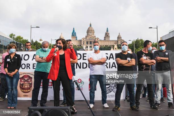The mayor of Barcelona Ada Colau talk to the crowd of Nissan employees The mayors of the affected cities of the Nissan closure support the Nissan...