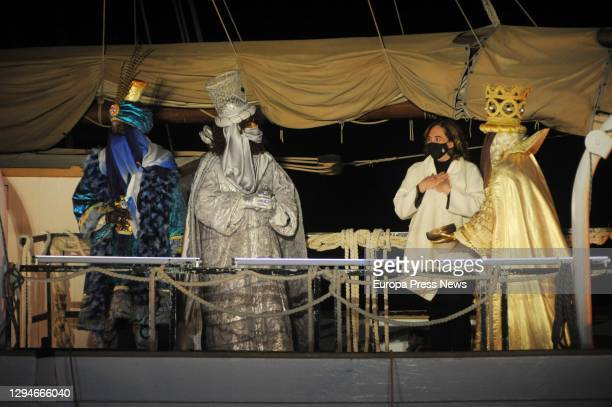 The Mayor of Barcelona, Ada Colau with the Three Kings on 5 January 2021, in Barcelona, Catalonia . Colau received the Three Kings this Tuesday and...