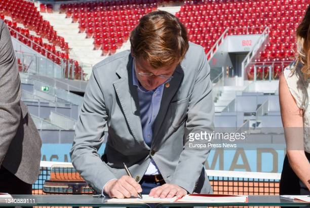 The Mayor of Madrid, Jose Luis Martinez-Almeida, signs the renewal of the agreement to hold the Mutua Madrid Open tennis tournament at the Caja...