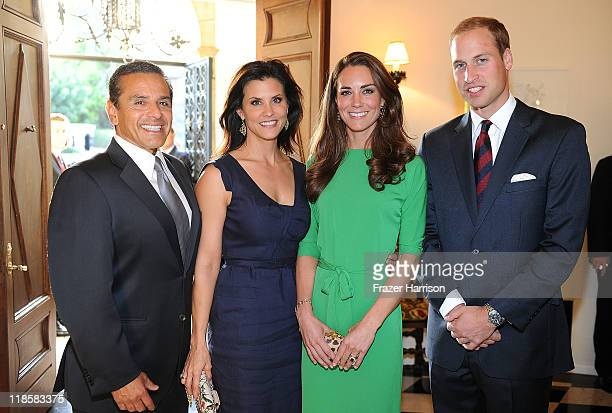 The Mayor of the City of Los Angeles Antonio Villaraigosa Lu Parker Catherine Duchess of Cambridge and Prince William Duke of Cambridge attend a...