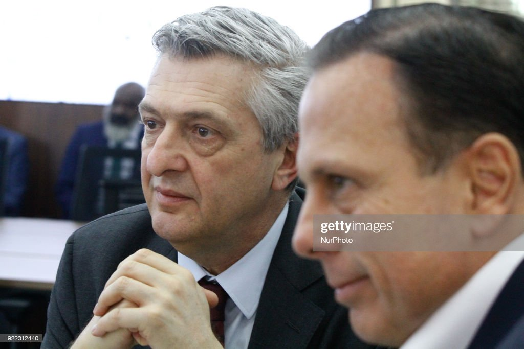 The mayor of the city of São Paulo Joao Doria and the United Nations High Commissioner for Refugees, the Italian Filippo Grandi, during a meeting at the headquarters of the city of São Paulo, in the central region, on Wednesday. February 21, 2018.