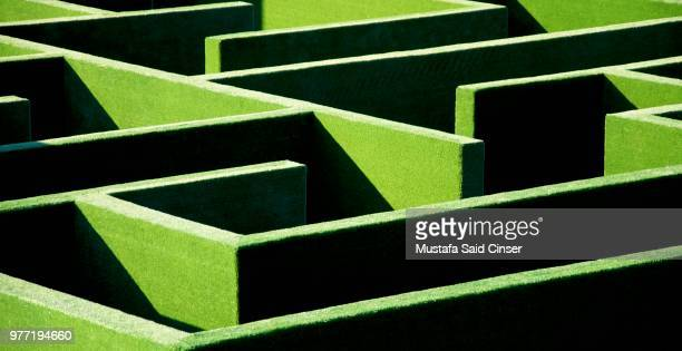 the maze - maze stock pictures, royalty-free photos & images