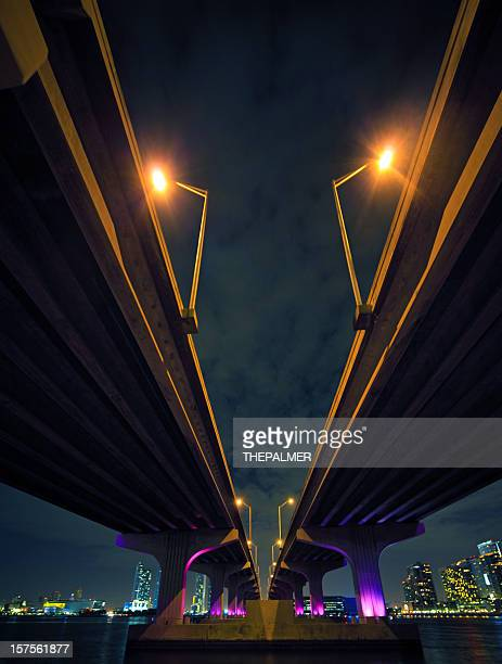 the mcarthur causeway in miami - downtown miami stock pictures, royalty-free photos & images