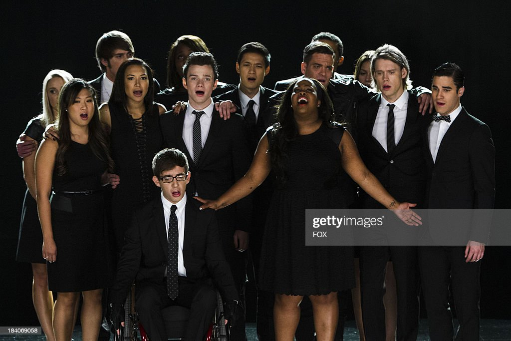 The McKinley family of the past and present join together to remember and celebrate the life of Finn Hudson in 'The Quarterback' episode of GLEE airing Thursday, Oct. 10 (9:00-10:00 PM ET/PT) on FOX.