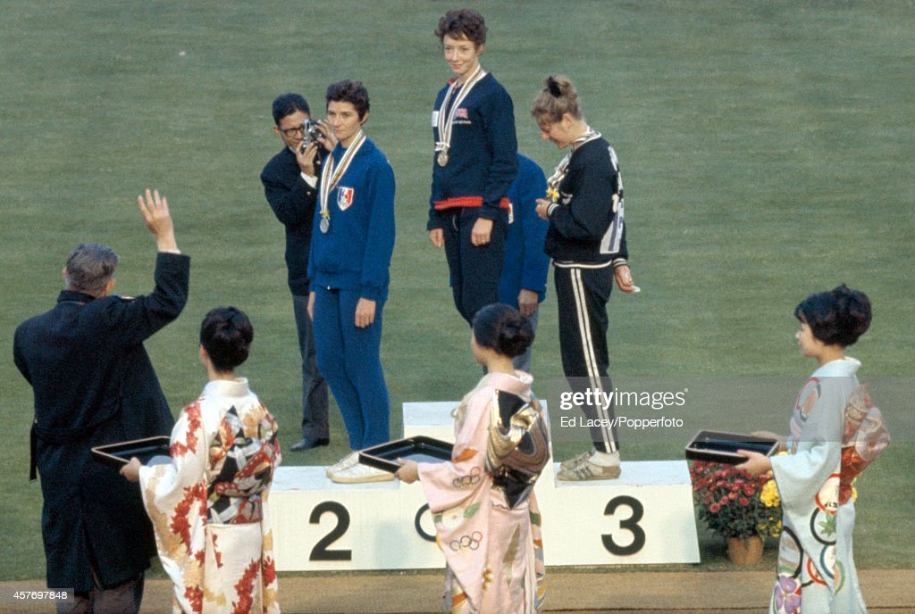 Women's 800 Metres Medallists - Tokyo Olympic Games : News Photo