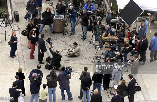 The media gather for a press conference following the preliminary hearing for Blake's murder case at the Van Nuys courthouse on February 26 2003 in...