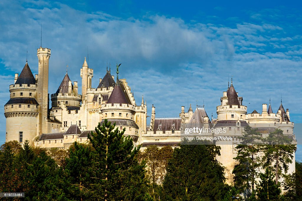 The medieval castle at Pierrefonds, forest of Compiegne, Oise,Picardy,France : Stock Photo