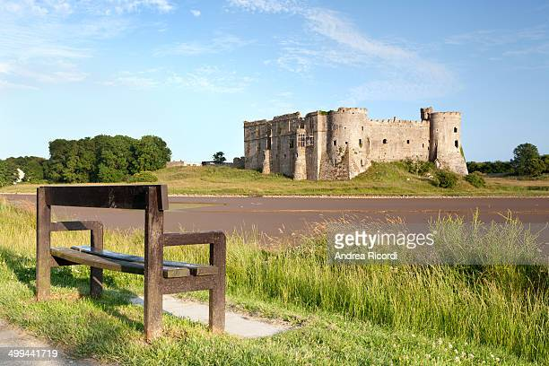 The medieval castle was started in 1100, when Gerald of Windsor worked the site with strategic position over the Carew River.