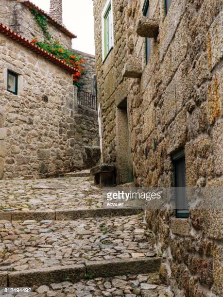 the medieval village of monsanto, portugal. - aldea fotografías e imágenes de stock
