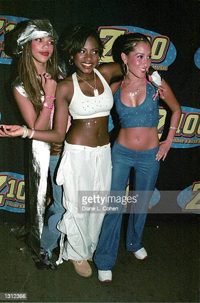 The members of pop group 3LW pose backstage during Z100''s Zootopia Concert June 1 2001 at the Nassau veteran''s Memorial Coliesium in New York