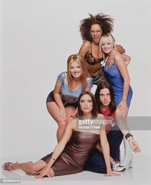 The members of the all-girl music band Spice Girls are : Geri Halliwell , Victoria Addams , Melanie Brown , Melanie Chisholm , and Emma Bunton .
