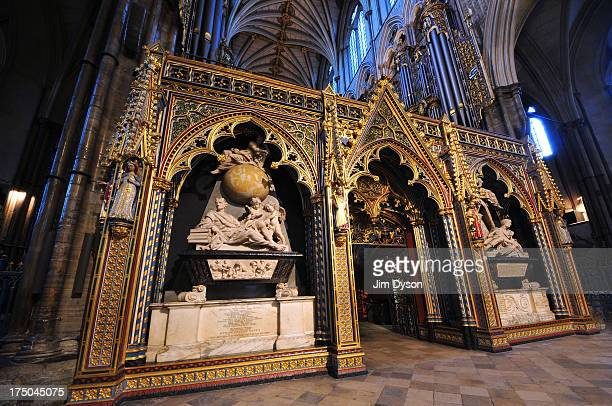 The memorial to scientist Sir Isaac Newton in the choir screen of Westminster Abbey on November 29 2012 in London England Dead Famous London is a...