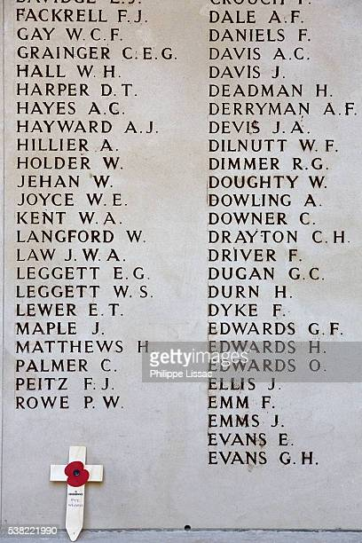 the menin gate memorial to the missing - west flanders stock pictures, royalty-free photos & images