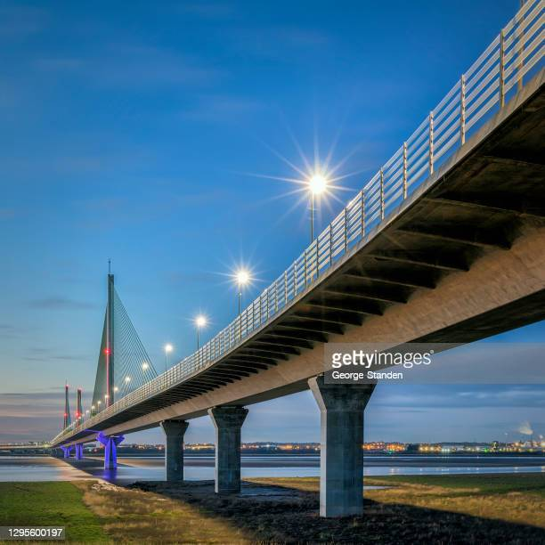 the mersey gateway - widnes stock pictures, royalty-free photos & images
