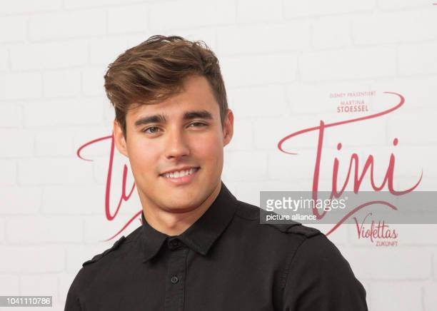 The Mexican actor Jorge Blanco at a photocall for the cinema release of 'Tini Violettas Zukunft' at Cafe Moskau in Berlin Germany 16 October 2016...