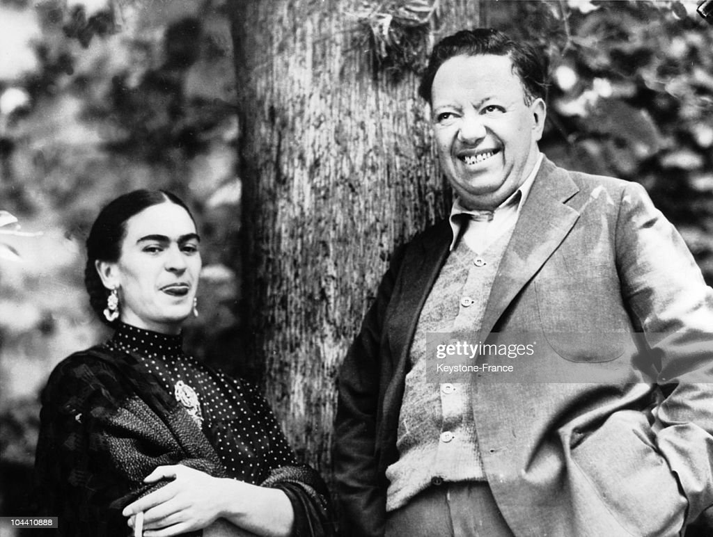 The Spouses And Painters Diego Rivera And Frida Kahlo In Mexico : News Photo
