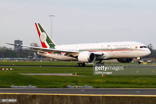 The Mexican president arriving at Schiphol for an official statevisit in the Netherlands