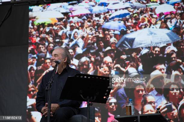 The Mexican singer and songwriter Oscar Chávez performed at the University City of the National Autonomous University of Mexico within the Festival...